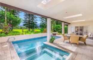 Hale Wai Ahu and pool